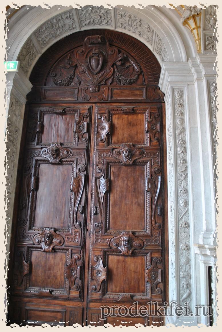 дверь через которую сбежал Казанова