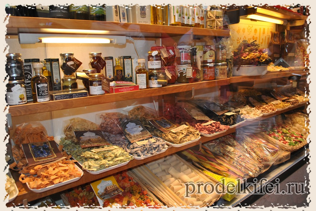 макарошки в Италии в Венеции