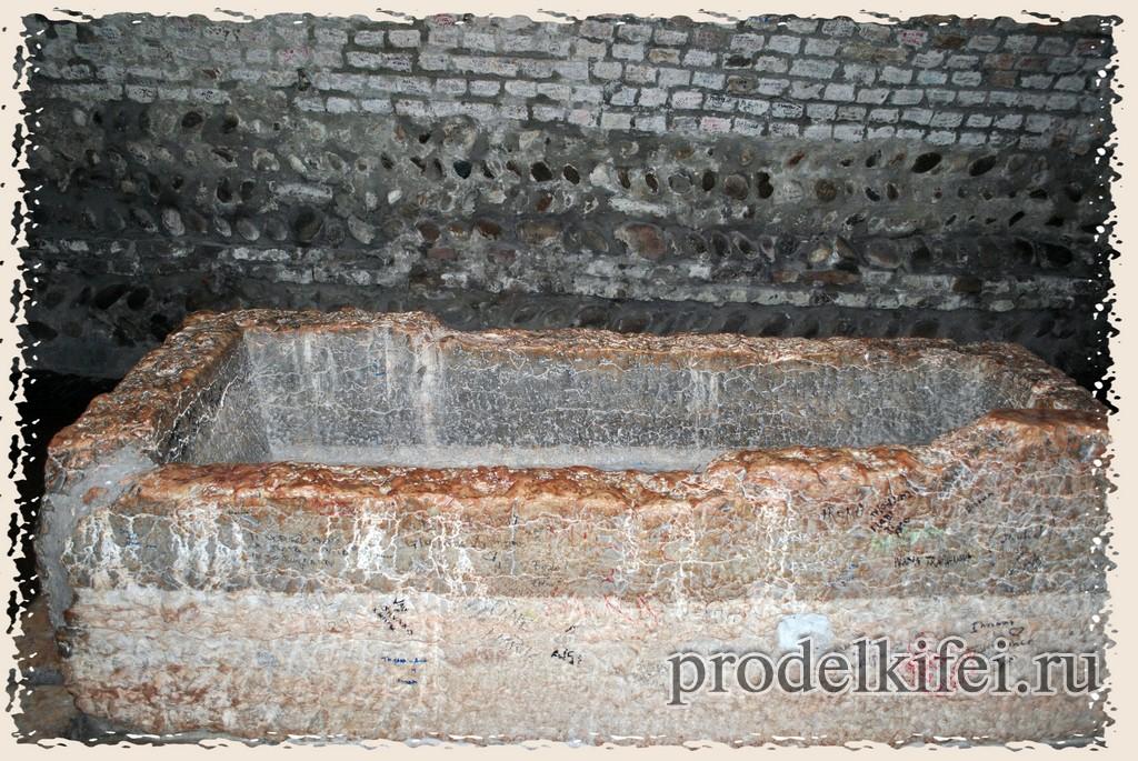 фото могилы Джульетты в Вероне