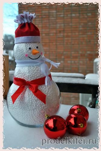 1снеговик своими руками из подручных материалов на новый год